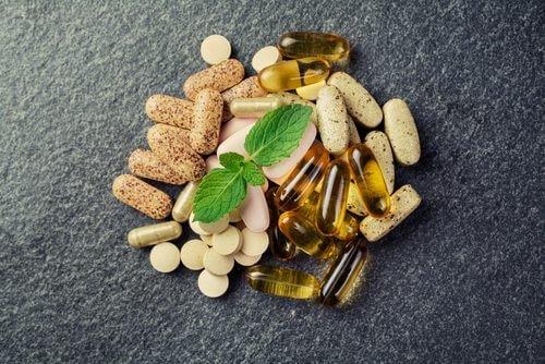 vitamin-supplements-500x334